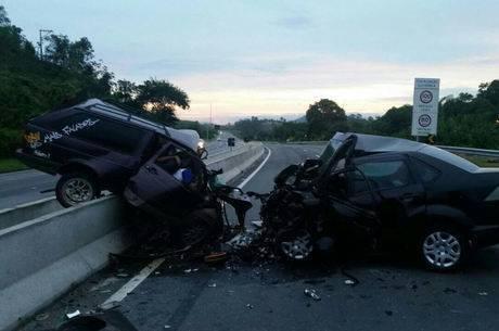 Maior causa de acidentes, colisão frontal na BR-101