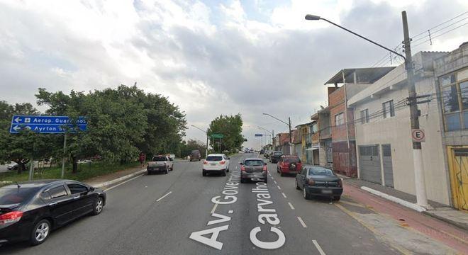 Acidente na avenida Governador Carvalho Pinto deixa dois mortos