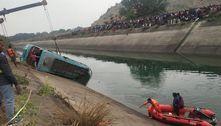 Acidente de ônibus na Índia deixa pelo menos 37 mortos