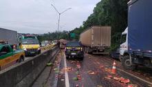 Acidente deixa uma pessoa morta e outra ferida na rodovia Fernão Dias