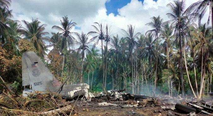 Queda de avião nas Filipinas deixou 52 mortos