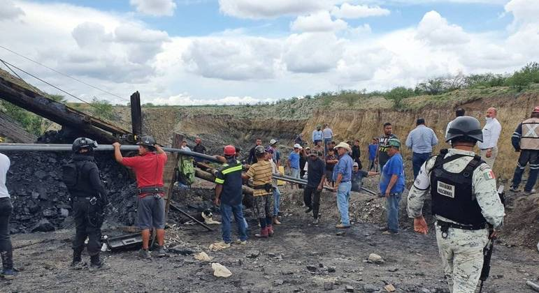 Trabalhos de busca prosseguem na região de Múzquiz, no norte do México