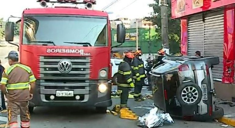 Mulher morre em acidente de trânsito em Taboão da Serra, na Grande SP