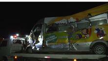 BA: acidente entre carreta, ônibus e van deixa ao menos 12 mortos