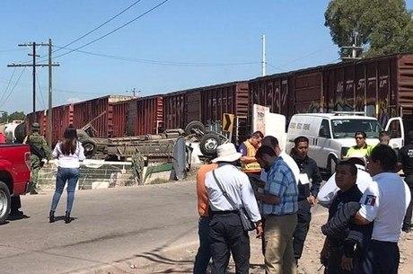 Ônibus levava 40 pessoas no momento do acidente