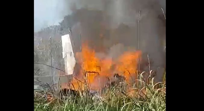 Destroços de aeronave que caiu e deixou seis pessoas mortas