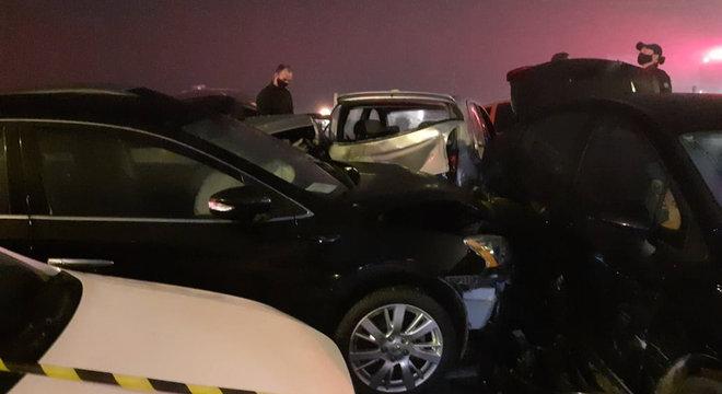 Acidente resultou em, pelo menos, oito mortes e deixou 23 feridos