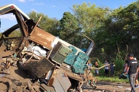 Acidente deixou 41 mortos no interior de SP