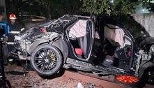 Jovem fica ferida e carro de luxo destruído ao cair em linha da CPTM