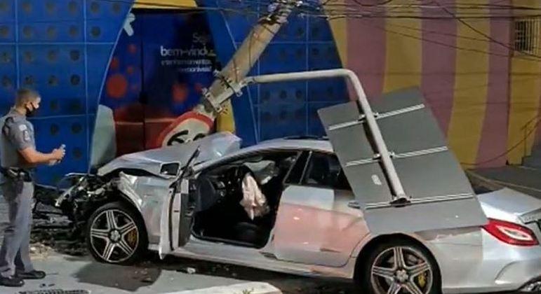 Motorista alcoolizado foi preso após acidente e suspeita de racha em Santo André