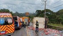 Acidente entre caminhão e moto deixa homem ferido em São Paulo