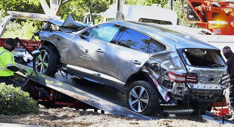 Velocidade excessiva causou acidente grave do golfista Tiger Woods, em fevereiro