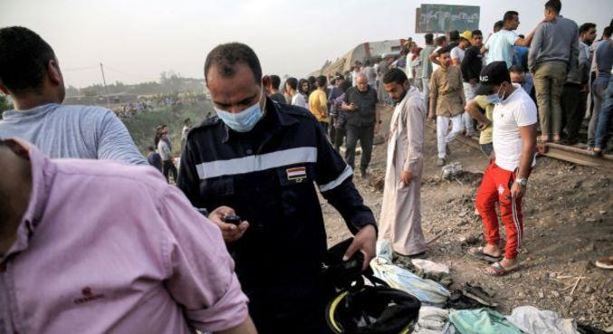 """Pelo menos """"97 pessoas ficaram feridas em um acidente ferroviário em Tukh"""", no Egito"""