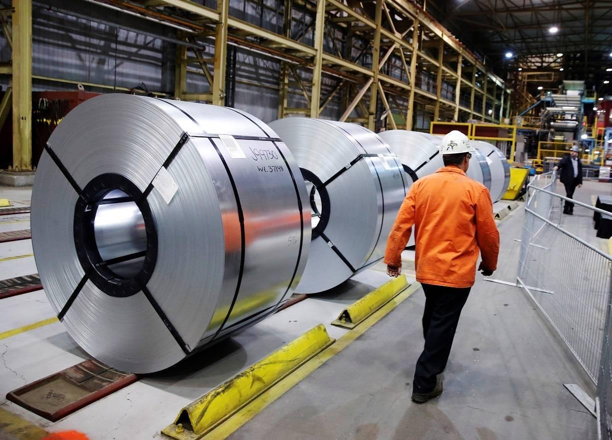 EUA suspendem sobretaxas de aço e alumínio do Brasil para negociar