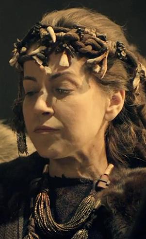 Ada (Alessandra Verney): Primeira esposa de Lameque, mãe de Jabal e Jubal.
