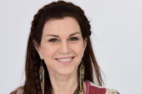 """Adriana Garambone, do elenco de """"Gênesis"""""""