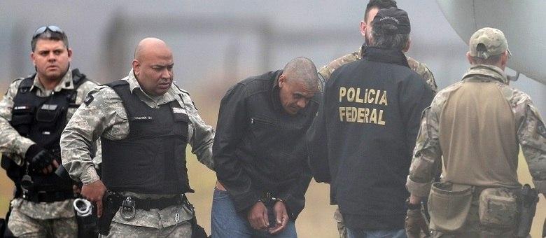 Autor da facada foi preso e PF concluiu que ação não teve mandante
