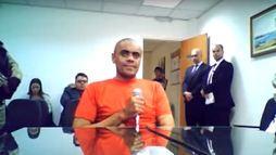 Autor de ataque contra Bolsonaro passa por novos exames psiquiátricos ()