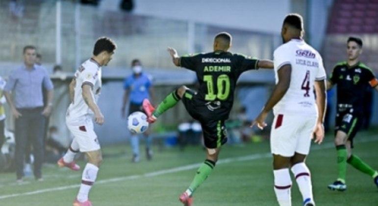 Ademir garantiu os três pontos para a equipe mineira diante do Flu