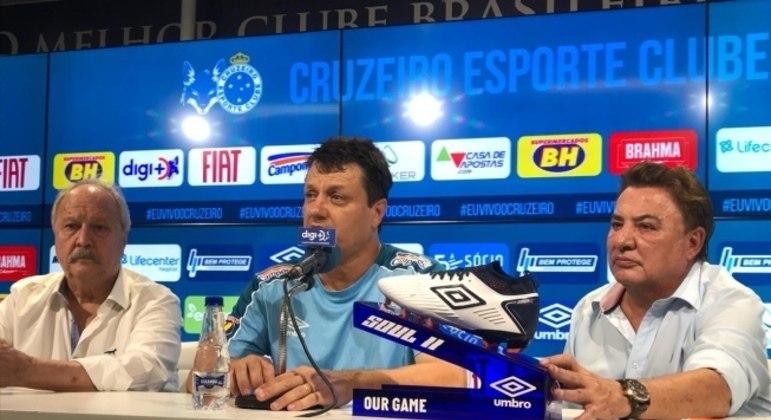 Último trabalho de Adilson Batista foi no Cruzeiro