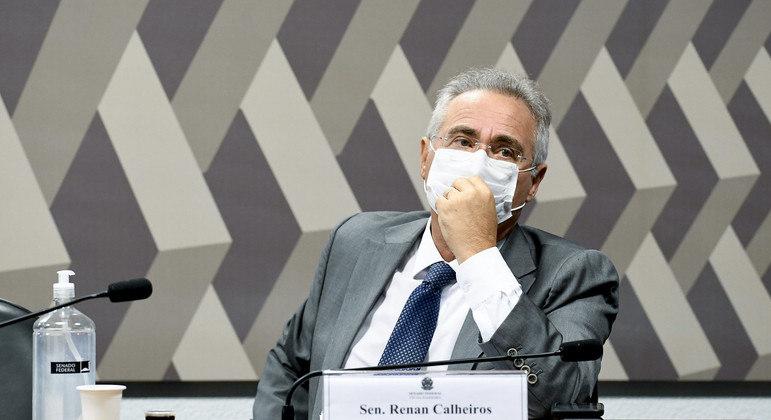 Renan Calheiros terá cargo mais importante na comissão que vai investigar governo e estados