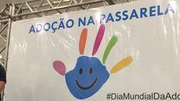Em Cuiabá (MT), crianças desfilam para ser aprovadas por 'candidatos a pais' (Divulgação/OAB-MT)