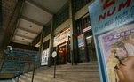 """Música: edifíco construído no local onde teria existido o cortiço que inspirou o compositor Adoniran Barbosa a criar a canção """"Saudosa Maloca"""", na rua Aurora, em São Paulo, (SP).(São Paulo, SP, 20.04.2007."""