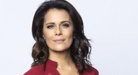Adriana Araújo deixa a Record TV