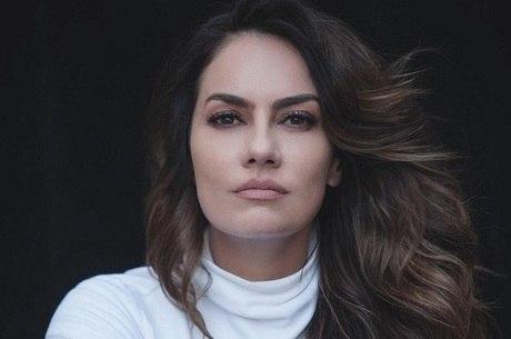 """Adriana Prado estará em """"Gênesis"""""""
