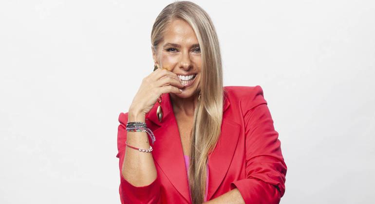Adriane Galisteu comandará a grande final nesta sexta-feira (23)