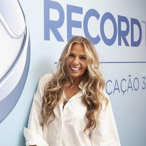 "Record prepara ""Power Couple"" para Adriane Galisteu"