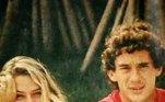 O namoro de 1 ano e meio entre Adriane Galisteu e Ayrton Senna ganhou repercussão nacional. Em 1995, ela lançou um livro com depoimentos onde narrou o período do relacionamento com o piloto