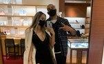 Os dois 'assumiram' de fato o relacionamento neste final de semana, quando Adriano postou fotos com a nova 'Imperatriz' nas redes sociaisConfira:'Perdi milhões e a alegria de jogar. E passei a beber...' Adriano