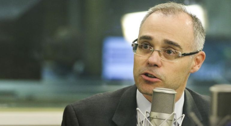 André Mendonça foi indicado por Bolsonaro para o STF