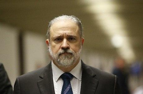 PGR defende repasse de R$ 1,6 bi da Lava Jato para conter coronavírus