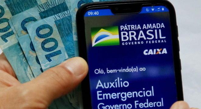 Auxílio paga entre R$ 600 e R$ 1.200 por mês
