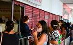 O Procon-SP divulgou que registrou, até as 9 horas desta sexta, 168 reclamações e 41 consultas e denúncias efetuadas pelas redes sociais relacionadas a Black Friday