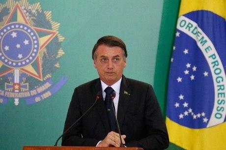 Bolsonaro diz que população precisa de resposta