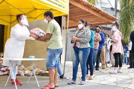 Foram doadas 17,3 mil cestas entre março e julho