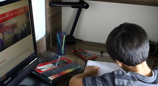 Escolas devem investir em metodologia e qualidade de ensino