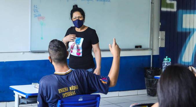 Alunos da cidade de São Paulo vão poder voltar às aulas a partir de 12 de abril