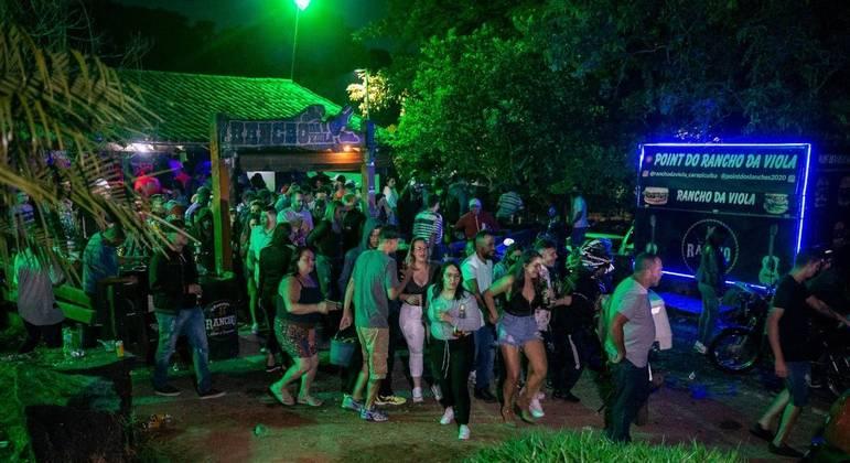 Festa clandestina reuniu cerca de 100 pessoas em Carapicuíba (SP)