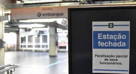 Metrô está em greve desde 0h desta quarta (19)