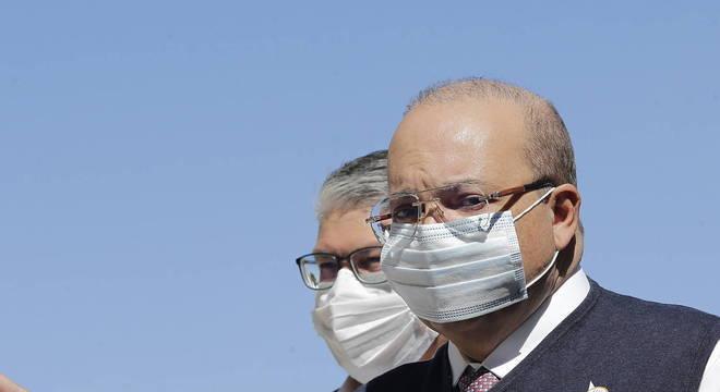 O governador do DF, Ibaneis Rocha, que está com covid-19
