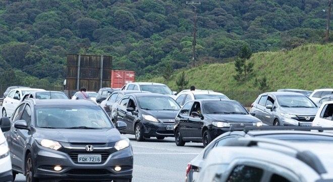 Carnaval deve movimentar 2,4 milhões de veículos nas rodovias de SP