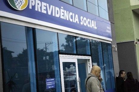 MP que antecipa 13º a aposentados perde validade nesta terça-feira