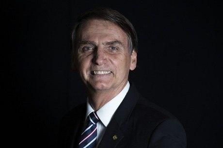 Jair Bolsonaro recebe embaixador no Rio
