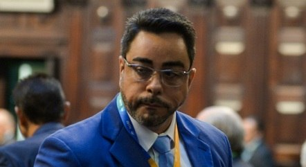 Bretas atende Gilmar Mendes e processo vai para TRE-RJ