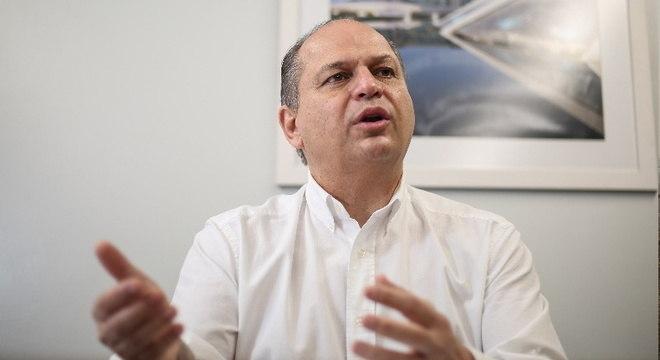 Deputado federal teria ligação com desvio de R$ 200 mil