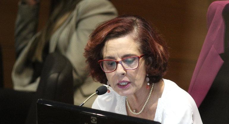 A juíza Elizabeth Louro durante audiência do caso envolvendo a morte do menino Henry Borel, no Tribunal de Justiça do Estado do Rio de Janeiro